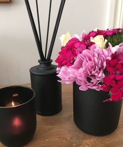 Sleek & modern candle glass jar