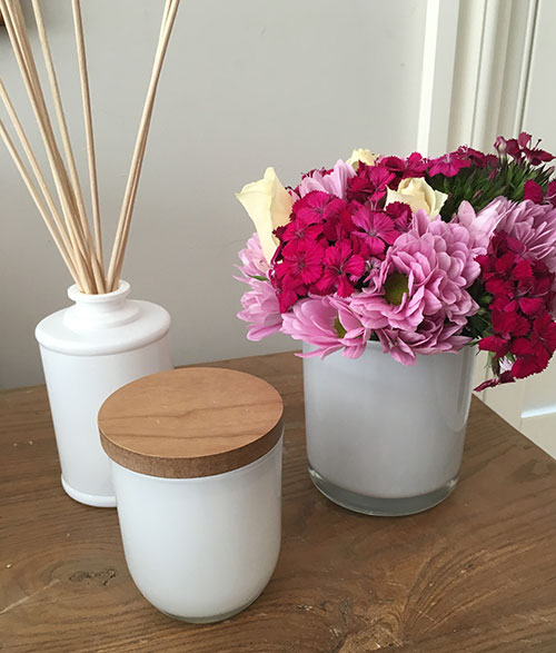 Modern, light and fresh candle glass jars